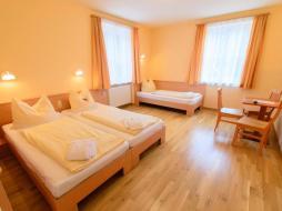 betten-appartement-jufa-hotel-altaussee-xlarge-sitzecke-940x705